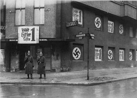 """1938 г. Известный гей клуб """"Эльдорадо"""" в Берлине был закрыт."""